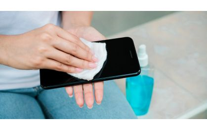 Как очистить экран смартфона: рабочие способы устранения микробов и грязи
